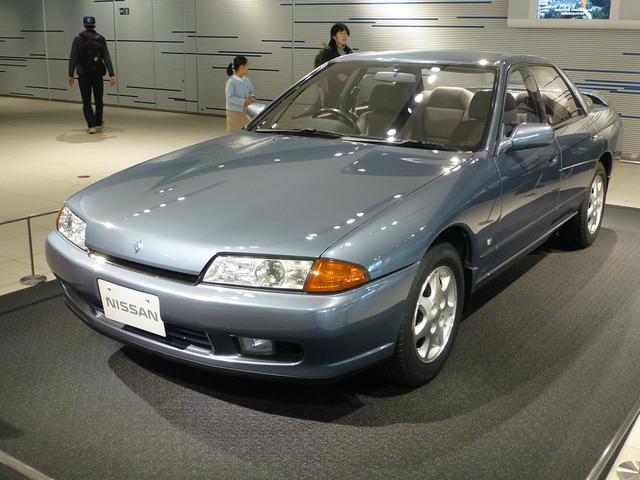 画像: R32型スカイライン4ドアスポーツセダン GTS25 Type X-G(1993年)。