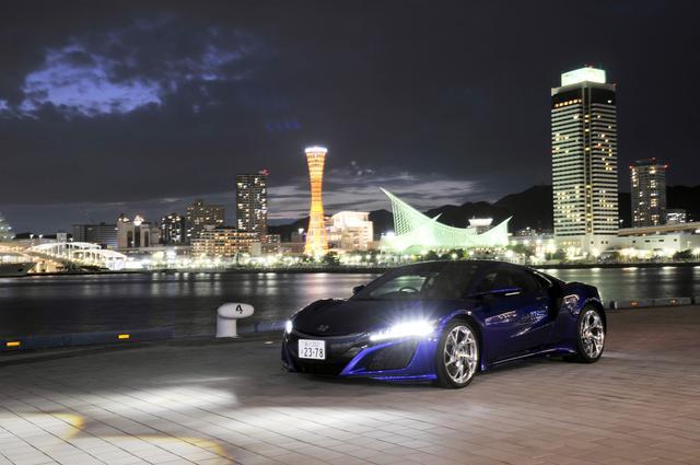 画像: 2016年に行われた新型NSXの神戸公道試乗会のワンシーン。