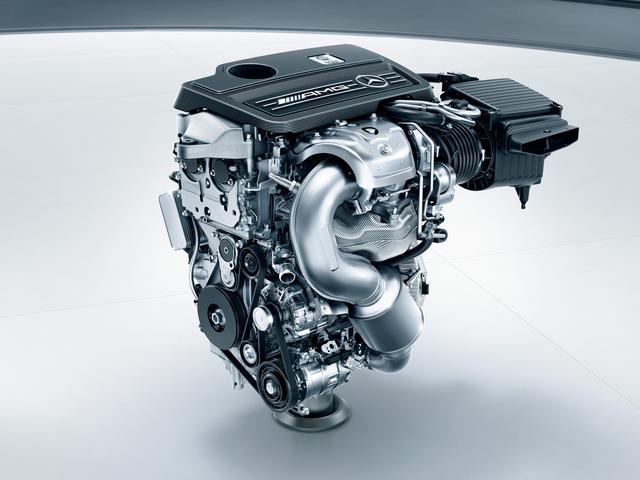 画像: メルセデス・AMG CLA45 4マティック レーシングエディションは、381ps/475Nmを発生する2L直4ターボエンジンを搭載。