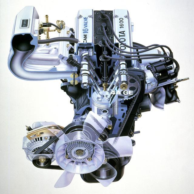 画像: 新開発の4A-GEUは名機と呼ばれた2T-G型の後継機的な位置づけ。4バルブ化されてさらにシャープな吹け上がりが素晴らしかった。最高出力は130馬力、最大トルクは15.2kgmとほどほどながら、扱いやすいシャシと相まって、実に気持ちの良いエンジンだった。