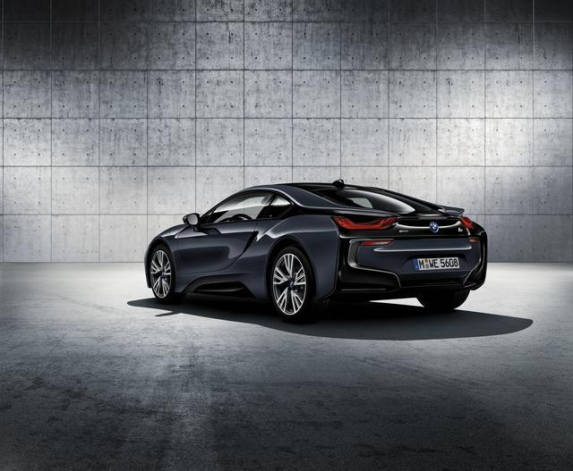 画像2: BMW i8 プロトニック フローズン ブラック