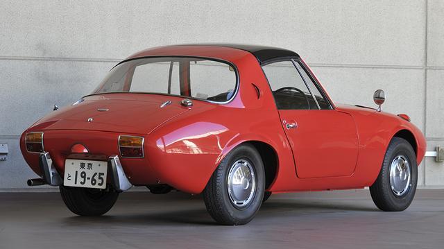 画像: 2シーターのライトウエイトとして、ホンダS600と数々の名勝負を繰り広げた。当時の新車価格は59.5万円。