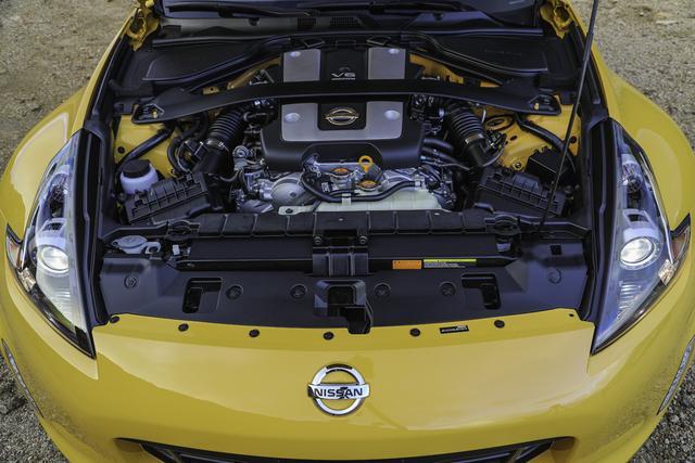 画像: エンジンはノーマルだが、マニュアル車には強化クラッチが採用されている。