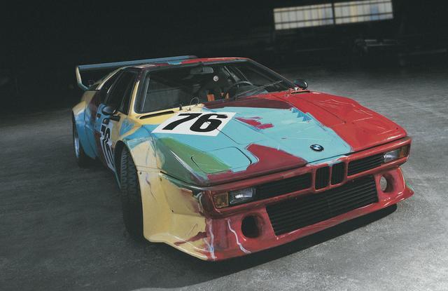 画像: ウォーホルが、1979年にひとりで仕上げたと言われている「BMW M1 Group 4 Racing Version」。さすがに前衛的すぎるだろうか。
