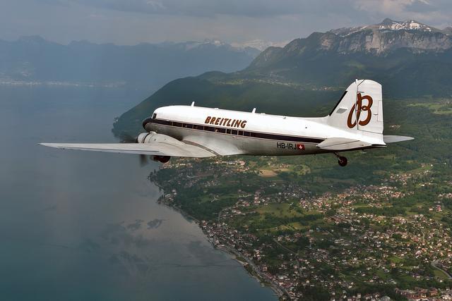 画像: 全長約20m、全幅約29m。乗客数は座席レイアウトによるが、21〜32人だった。