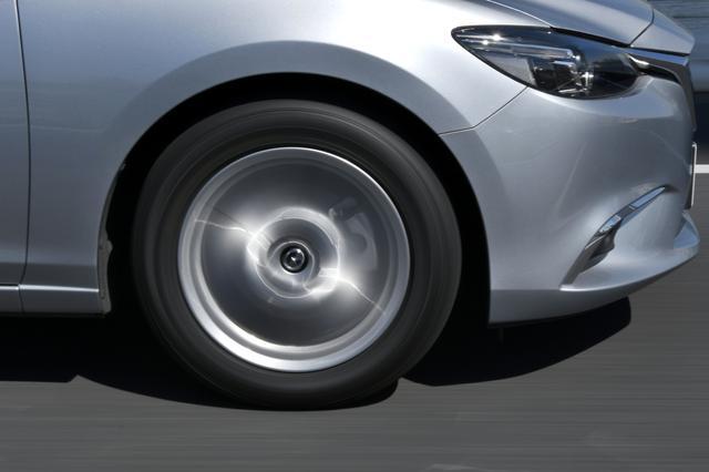 画像: もちろん4輪すべて同じ銘柄のタイヤを履いた方が良いのだが・・・。