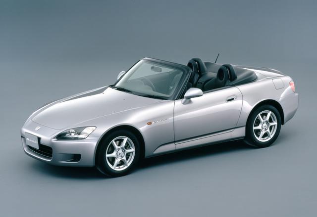 画像: ホンダにとって、じつに29年ぶりとなるFRモデルとなった。