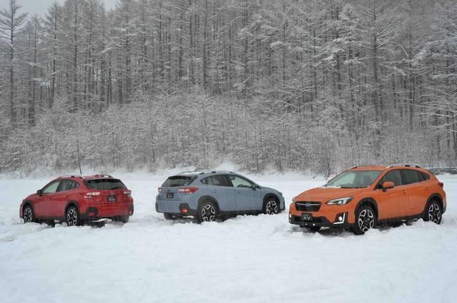 画像: 4月11日の試乗日は大雪に降られてしまいました! 4WDとはいえサマータイヤなので走れません。翌日はバッチリOKでしたが……。