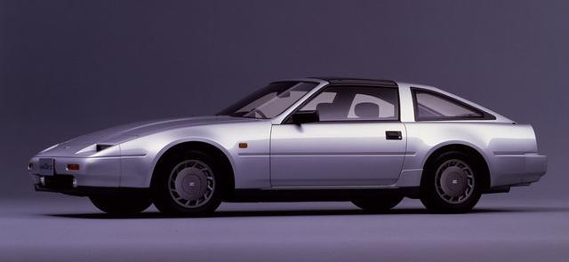 画像: 86年のマイナーチェンジで新たに加わったのが、3ℓV6DOHCを搭載した「300ZR」。自然吸気エンジンならではの爽快な走りが身上だった。