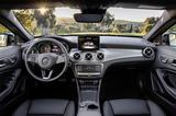 画像: ディスプレイに、車両傾斜角、方角などを示すオフロードスクリーンを追加。