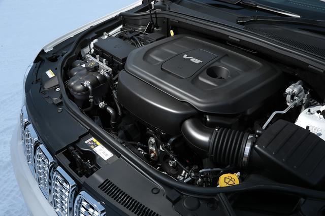 画像: レギュラーガソリン仕様ながら、最高出力290psを発生する3.6L V6DOHCペンタスターエンジン。