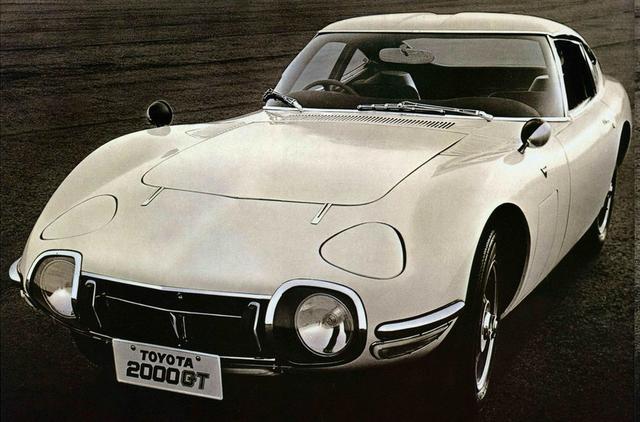 画像: 日本の自動車史に残るスーパーカー、トヨタ2000GT。今からちょうど半世紀前に発売された。