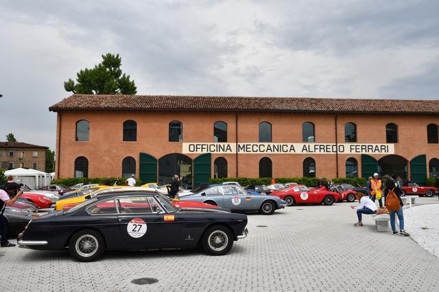 画像12: 【海外イベント】歴代フェラーリ70台がイタリア・トスカーナでパレードラン