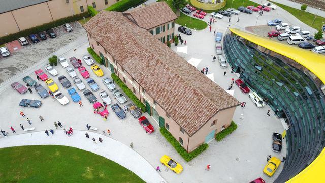 画像10: 【海外イベント】歴代フェラーリ70台がイタリア・トスカーナでパレードラン