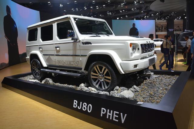 画像: 大手自動車メーカー「北京自動車」のプラグインハイブリッド「BJ80 PHEV」。どことなくメルセデス・ベンツGクラスに似てる気もする・・・。