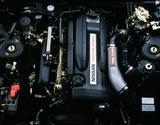 画像: 最高出力280ps、最大トルク36.0kgmを誇るRB26DETTのエンジンブロックには、強度を高めるために鋳鉄を用いられていた。