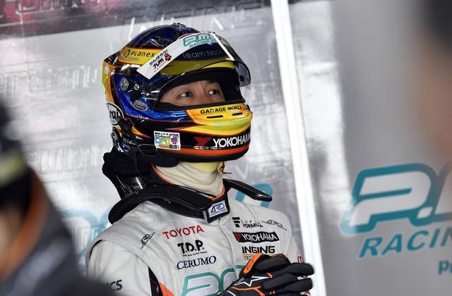 画像: レース1では8位に終わるもレース2でポール+2位、合計5.5ポイントを加算した石浦宏明