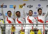 画像: ニュル24時間レースで総合優勝を飾ったSP9-GT3クラスのアウディR8 LMS(アウディスポーツランド)コナー・デ・フィリッピ、クリストファー・ミエス、マーカス・ビンケルホック、ケルビン・ファンデルリンデ組。