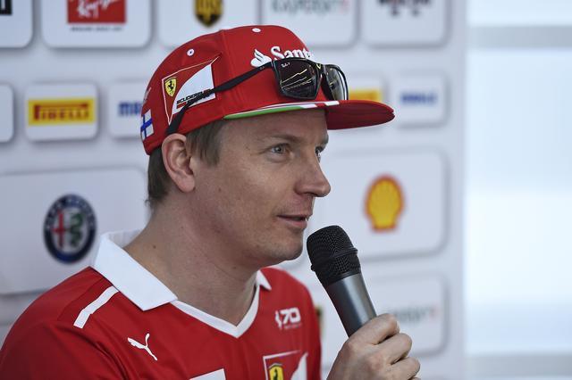 画像: ポールポジションを獲得したフェラーリのキミ・ライコネン。