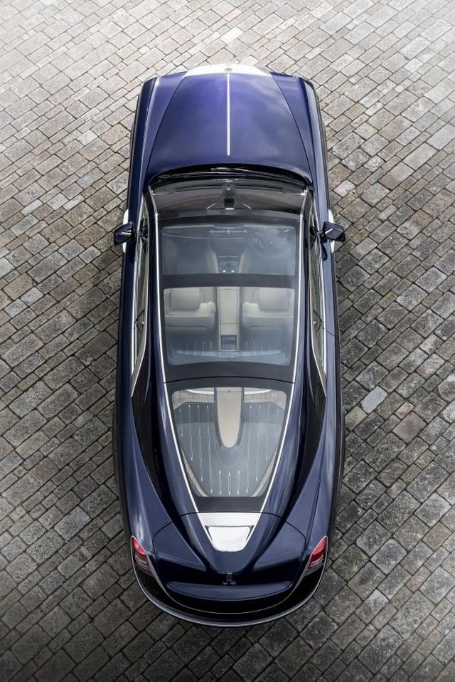 画像1: オートクチュールの自動車