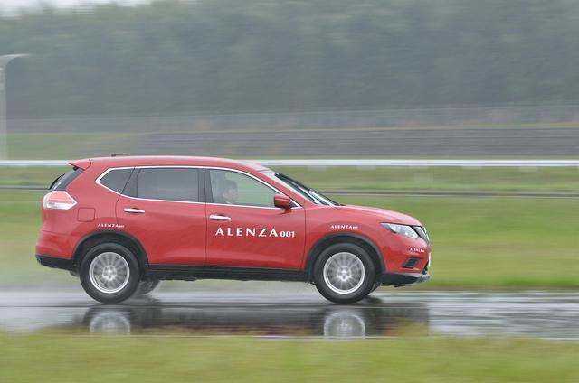 画像: 【タイヤ試乗】ブリヂストンの新SUVタイヤ、ALENZA001に乗る