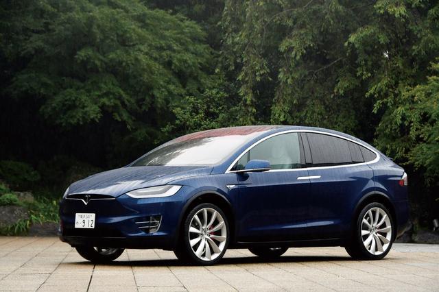 画像: テスラ モデルX。スポーツカー、サルーンに続いてテスラから登場したSUV。