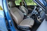 画像: 新型MINIクーパーDクロスオーバーのフロントシート。