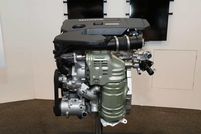 画像: シビックタイプRと同じエンジン形式(K20C)だが、新型アコードの車格に合わせ、ごく低速域からもりもりとトルクを発生するセッティングになっているようだ。
