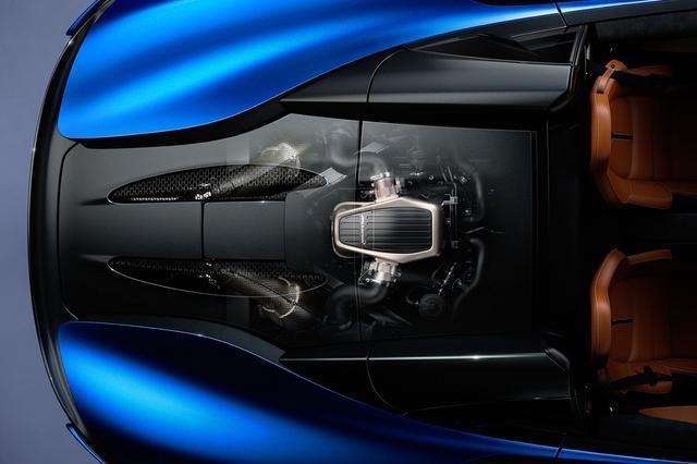 画像: 3.8L V8ツインターボエンジンは570ps/600Nmを発生。