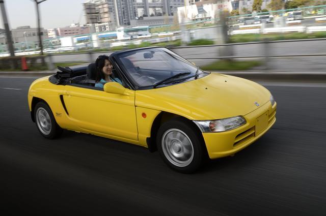 画像: ホンダ・ビート。車両価格は138万8000円(当時)。