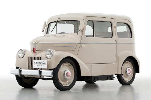 画像: リーフの発売を記念して、日産自動車が所蔵していた「たま電気自動車」を社内有志の手で完全修復(2010年)。