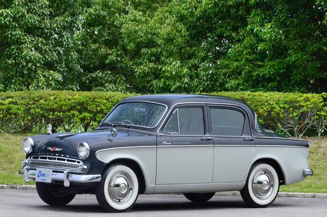 画像: いすゞ ヒルマンミンクス(1960年 日本)。日本の戦後復興から成長期に活躍した代表的タクシー。