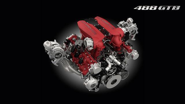 画像: 形式 V8 - 90°ターボ ドライサンプ 総排気量 3.902 cm3 ボア & ストローク 86,5 x 83 mm (3.4 x 3.3 in) 最高出力 492 kW (670 CV) at 8000 rpm 最大トルク 760 Nm at 3000 rpm in VII gear 比出力 172 cv/l 圧縮比 9.4:1 auto.ferrari.com