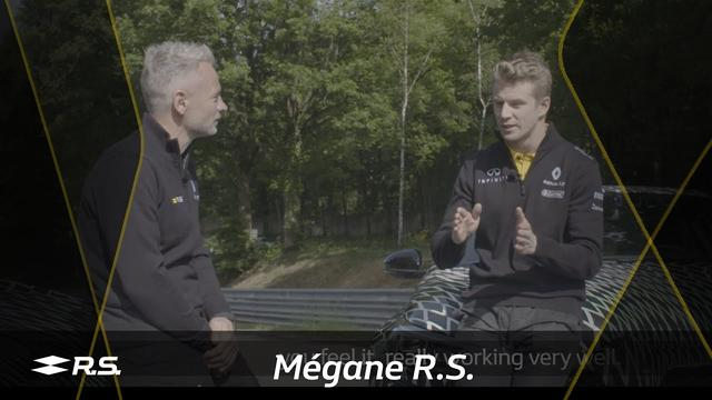 画像: Nico Hülkenberg reviews the 4Control of the new Mégane R.S. www.youtube.com