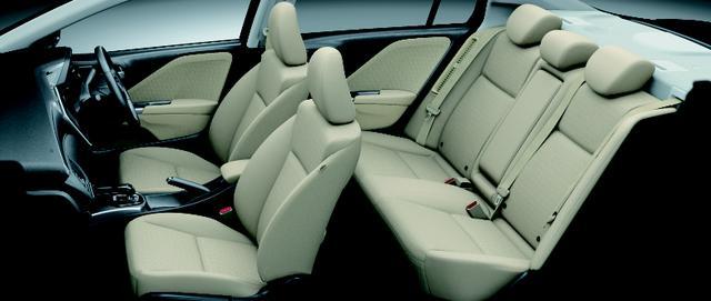 画像: HYBRID LX・Honda SENSING(アイボリー/ファブリック)