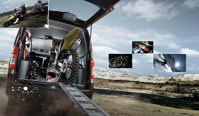 画像: 趣味のツールとしてプライベートユースが増えているNV350キャラバン。5ナンバーサイズのミニバンとさほど変わらないサイズながら、広大なラゲッジスペースが魅力!