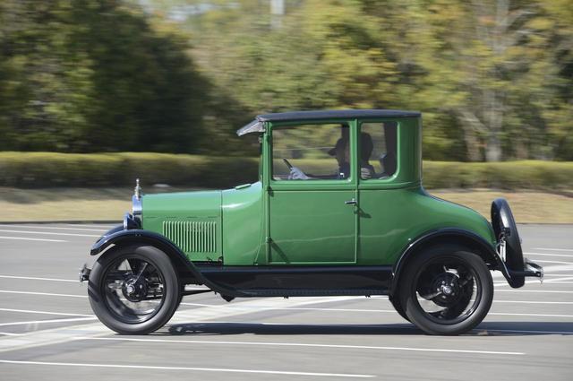 画像: ▲1927年製フォード モデルTクーペ。