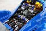 画像: 3.5Lのフォード製V6ツインターボは水冷インタークーラーも備える。手前にプッシュロッド式インボードのリアサス。