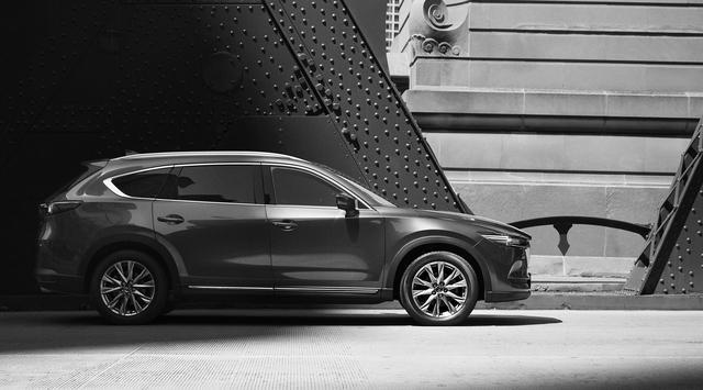 画像: マツダ・SUVの最上位モデルとなるCX-8。発表は9月、2017年中に発売予定。