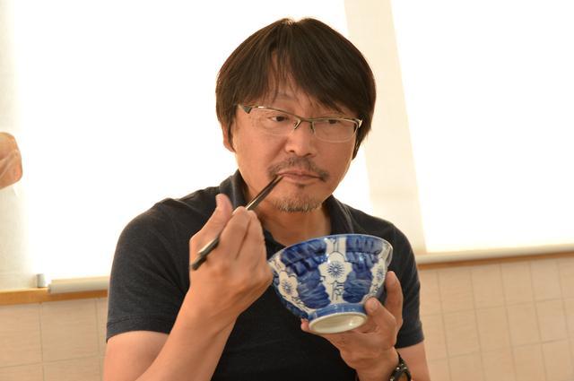 画像: レポーターの鈴木ケンイチ氏。