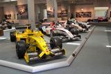 画像: 第一期のホンダF1から最新のマクラーレン ホンダまで、歴代のF1マシンも数多く展示されている。