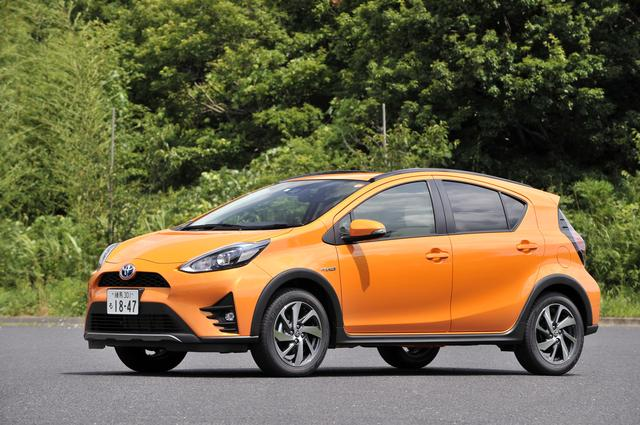 画像: 高められた車高やフェンダーアーチモールでSUVテイストを増幅している。