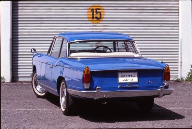 画像: 1961年 10月の第 8回東京モーターショーにも出品され、人気を独占した。イタリアン・デザインを用いた、初めての国産車だった。