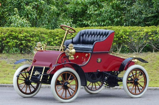 画像: 「キャデラック モデルA」1902年製。キャデラック初の生産車で、水冷の単気筒エンジンを搭載した。