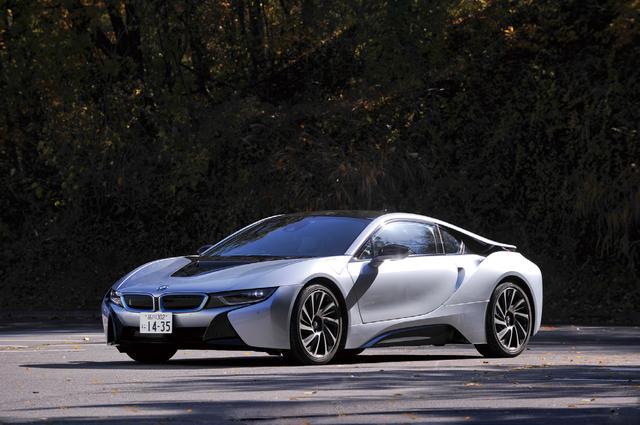画像: BMW i8。BMWによる次世代スポーツカーの提案と言える。