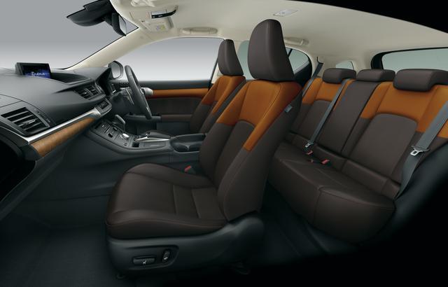画像: シートにはツートーンカラーも設定された。