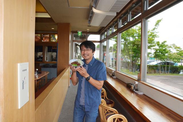 画像: 筆者の鈴木ケンイチ氏。