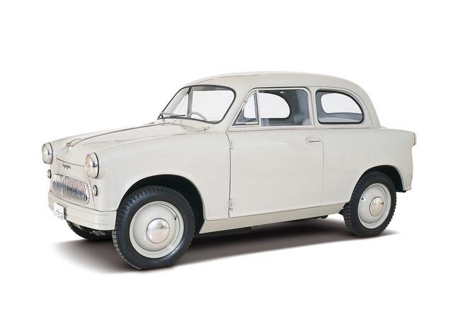 画像: 1955年10月に、スズキが初めて発売した軽四輪車「スズライト」