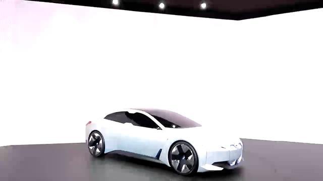 画像: 入り口からすぐの目立つ場所だけに、人は集まりやすい。とはいえ、撮影している目の前に侵入してきたお二人さんには、参ったwww BMW i VIision Dynamics 展示 フランクフルト国際モーターショー youtu.be