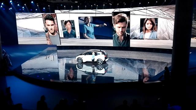 画像: BMW on Stage 2 i3自動運転デモンストレーション youtu.be